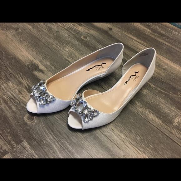 58f7ef326da Sz 8 NWT Touch of Nina Reeta White Wedding shoes